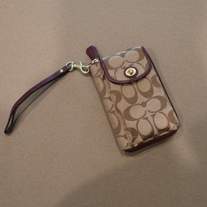 Coach Wristlet *Very Gently Used*